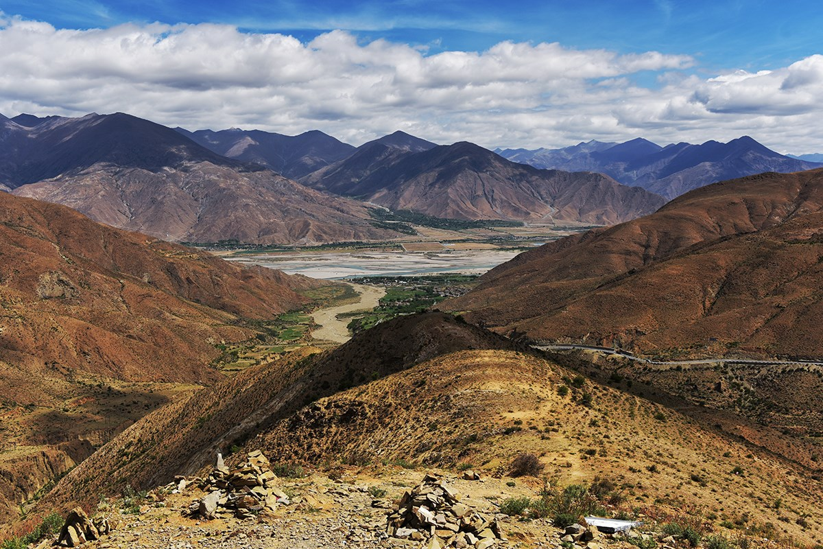 Yarlung Tsangpo and Simila Valley | Photo par Liu Bin