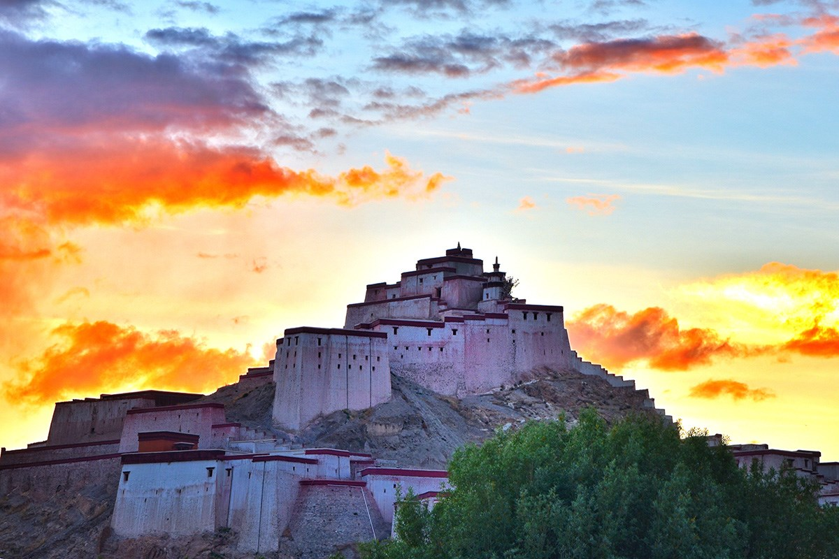 Gyantse Dzong Castle | Photo par Liu Bin