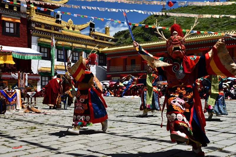 Mask Dance in Tagong Monastery